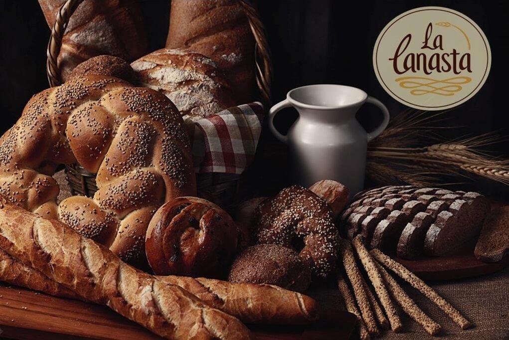Artisan and bolletería breads